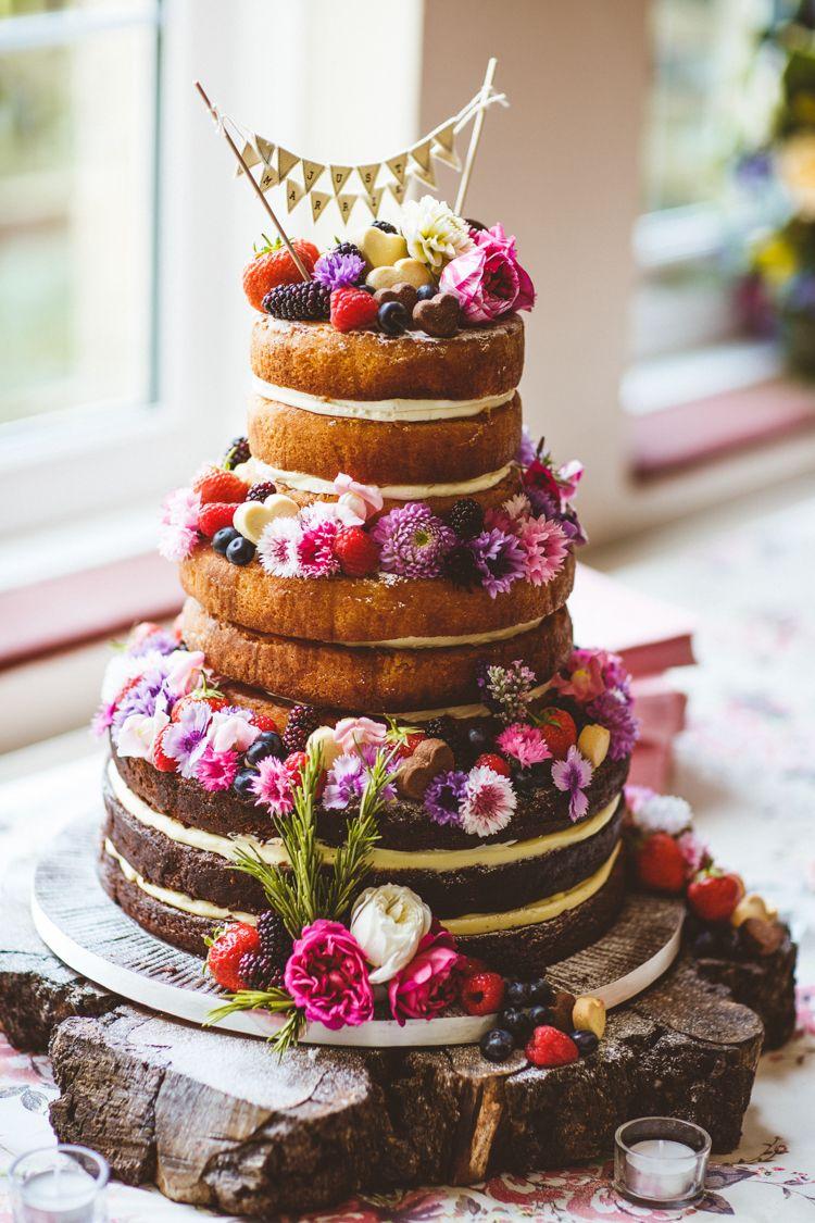 Pretty Diy Amp Outdoor Village Hall Wedding Wedding Cake