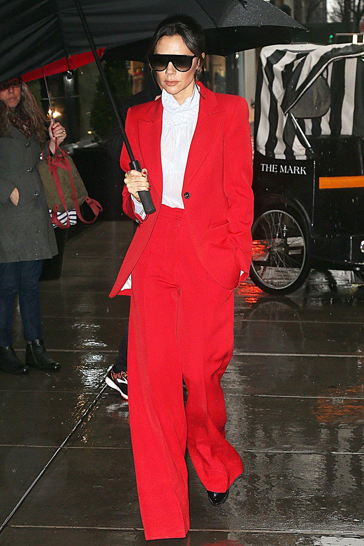 Best Dressed Celebs Winter 2018 Victoria Beckham Outfits Nice Dresses Street Style Dress [ 1500 x 1000 Pixel ]