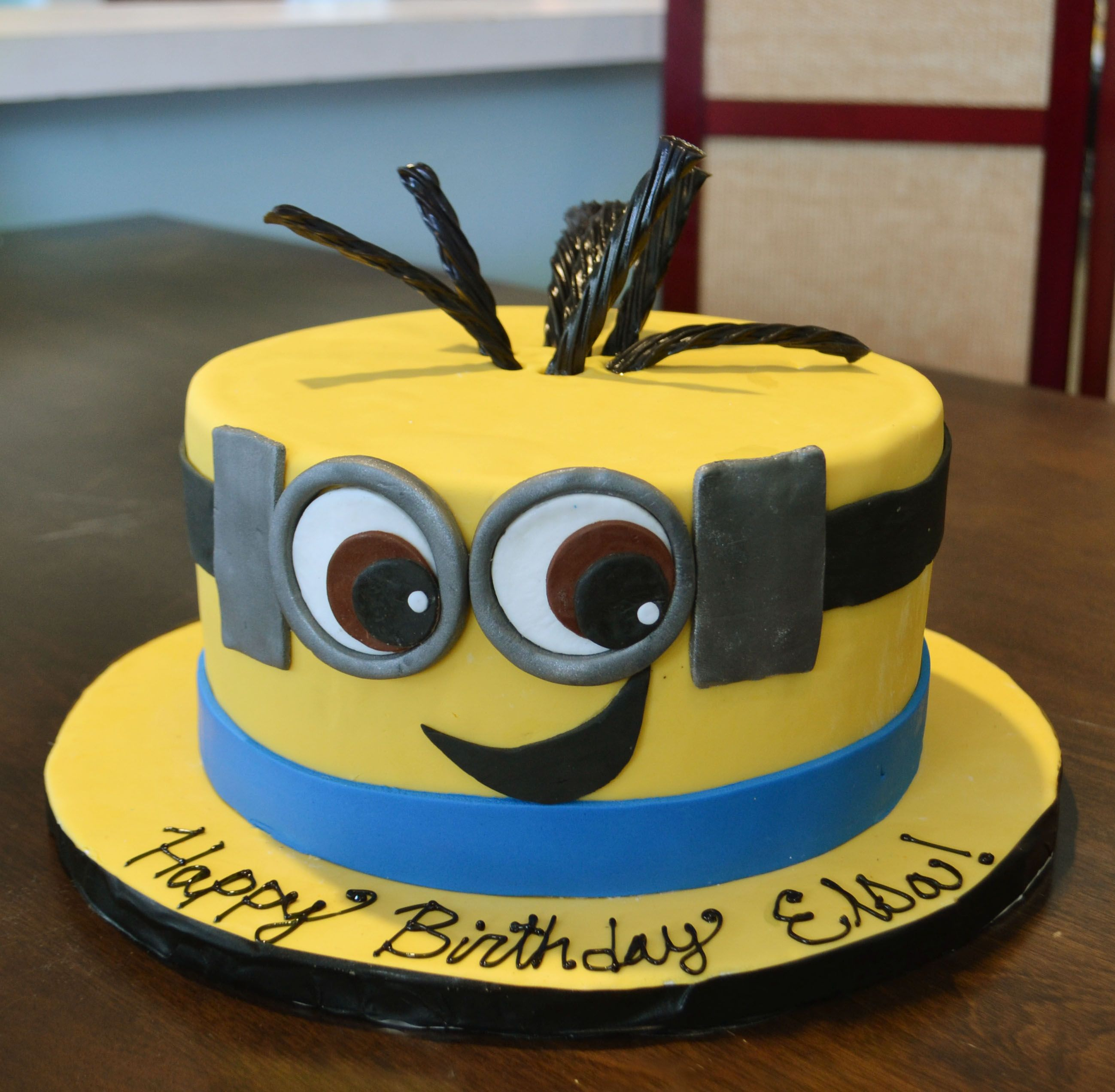 Fantastic Despicably Cute Minion Cake With Images Minion Cake Birthday Funny Birthday Cards Online Unhofree Goldxyz