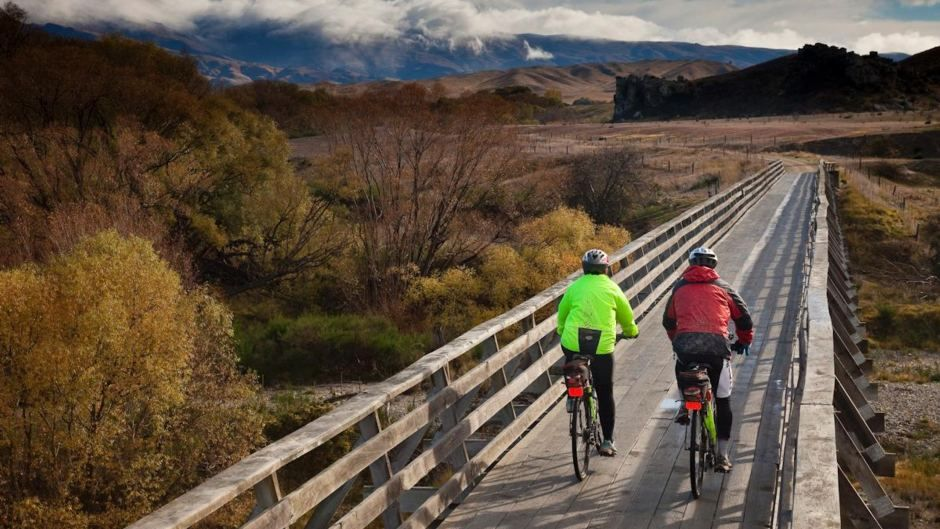 Otago Rail Trail Tours New Zealand By Bicycle Hiking New Zealand Otago Travel Pictures
