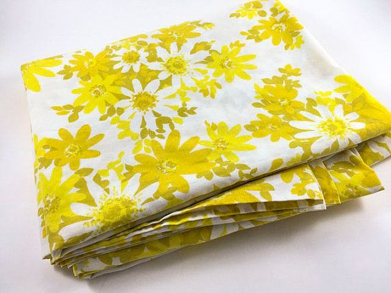 vintage flower flat sheet double yellow flower sheet retro yellow olive green white floral fabric linens bedding bedroom decor