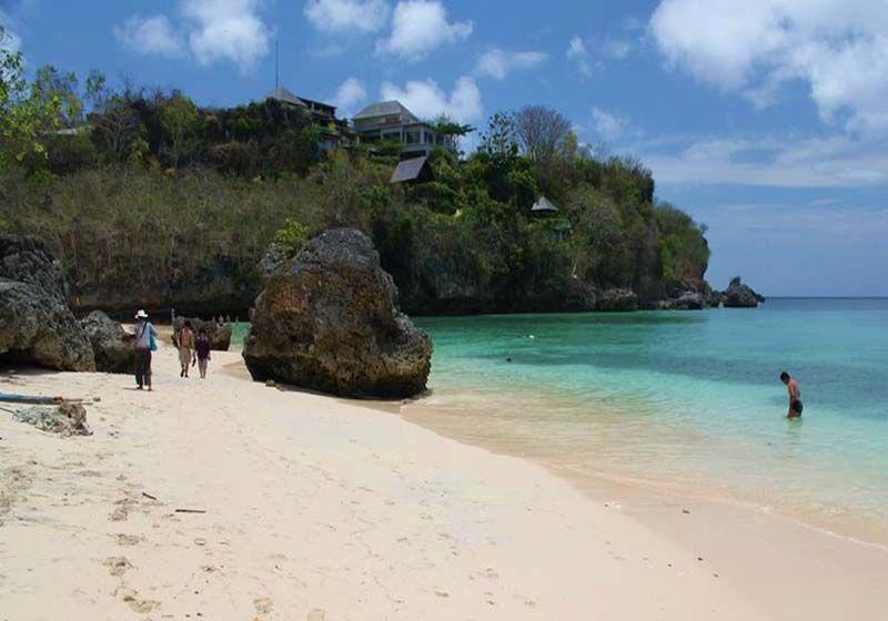 obyek wisata pantai padang padangbali