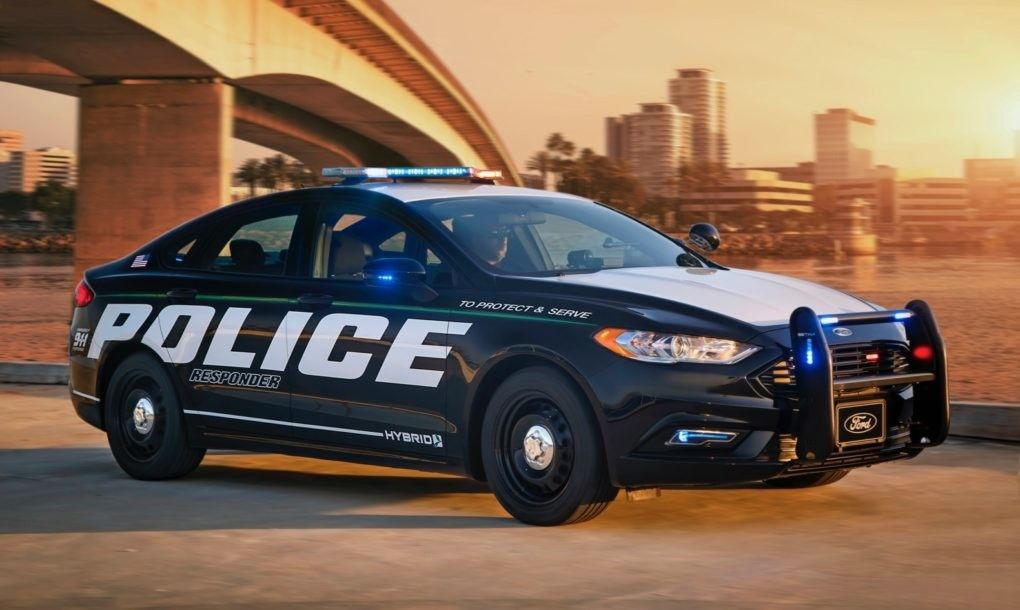 Ford Introduces The First Ever Hybrid Police Car Police Cars