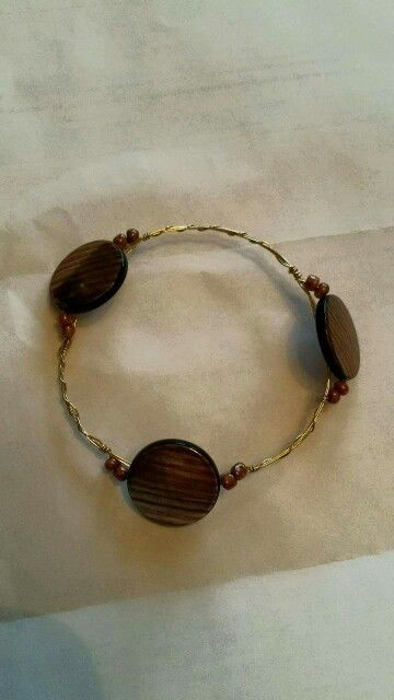 Wire wrapped beaded bracelet http://www.facebook.com/southrnxpressions