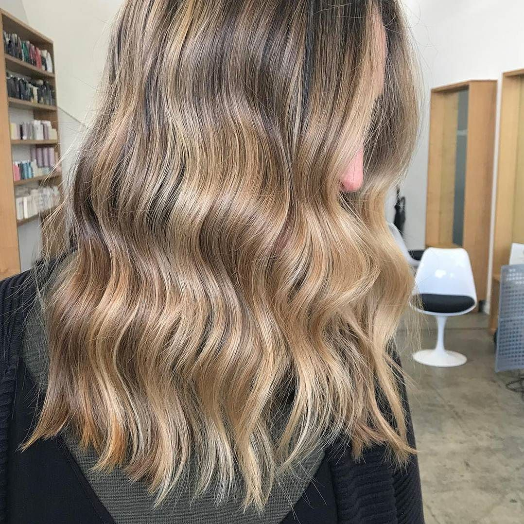 A beautiful #colour by @kerriebolton and #Cut & #Style by @danae_edwardsandco. We've been working on growing Angela's hair out for her wedding in October. She's been coming in every 8 weeks for a dusting off her ends and light weight removal. It's already come a long way! If you're trying to grow your hair it's really important to keep cutting off any split/frayed ends otherwise they break off by themselves all unevenly and keep splitting and you lose your length. #edwardsandco…