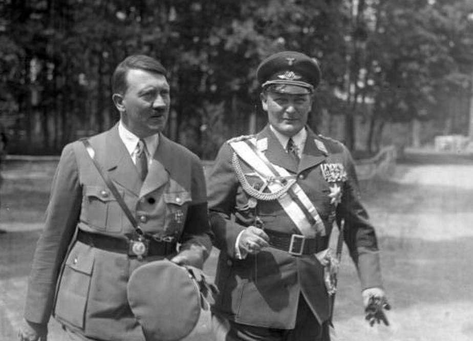 a history of hitlers road to the leadership of germany History learning site - excellent  - road to power - seizure of power  nicky boughey's comparison of hitler's germany and stalin's russia.