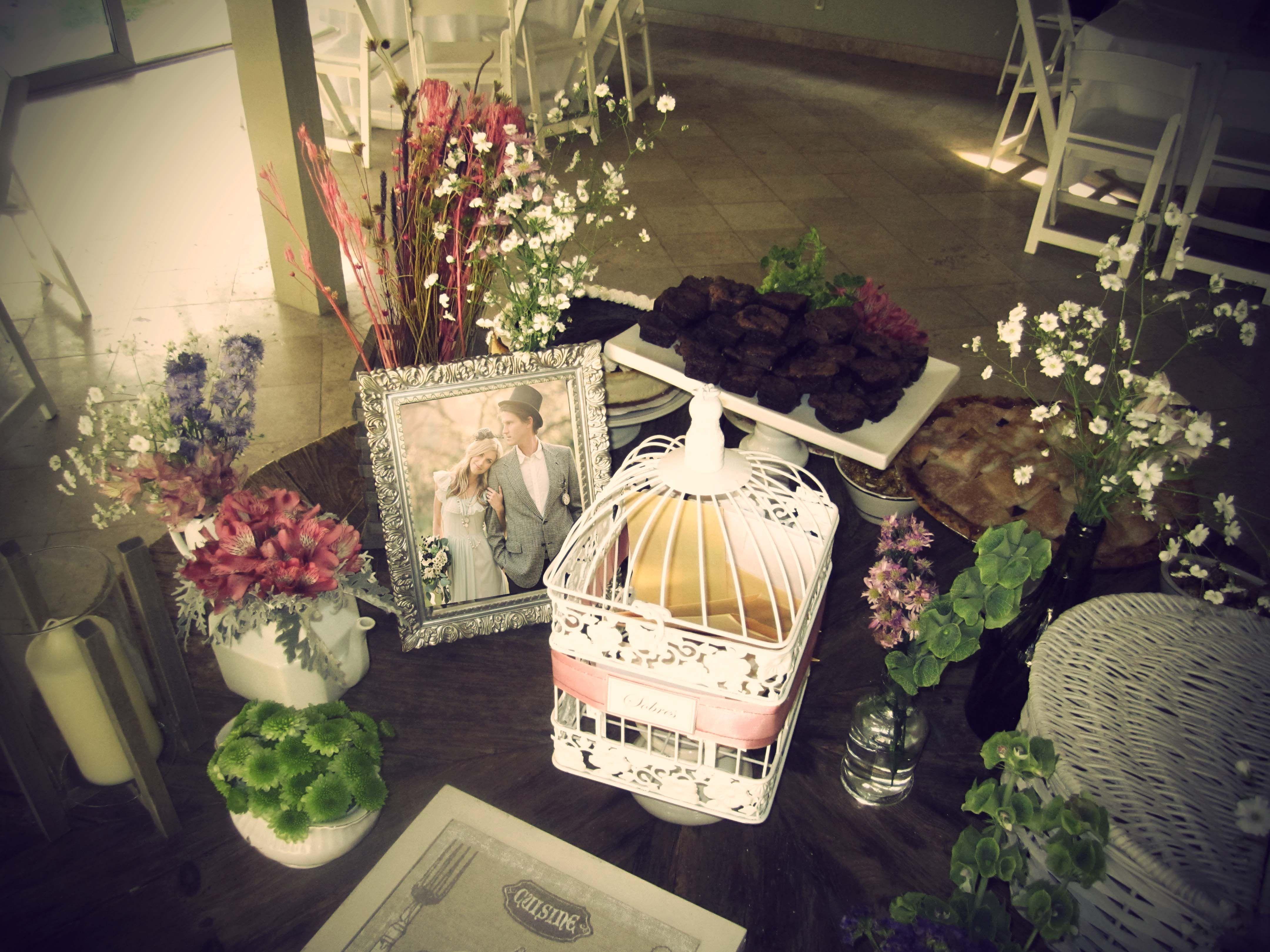 mesa postres dessert table despedida de soltera birdcage jaulas ideas