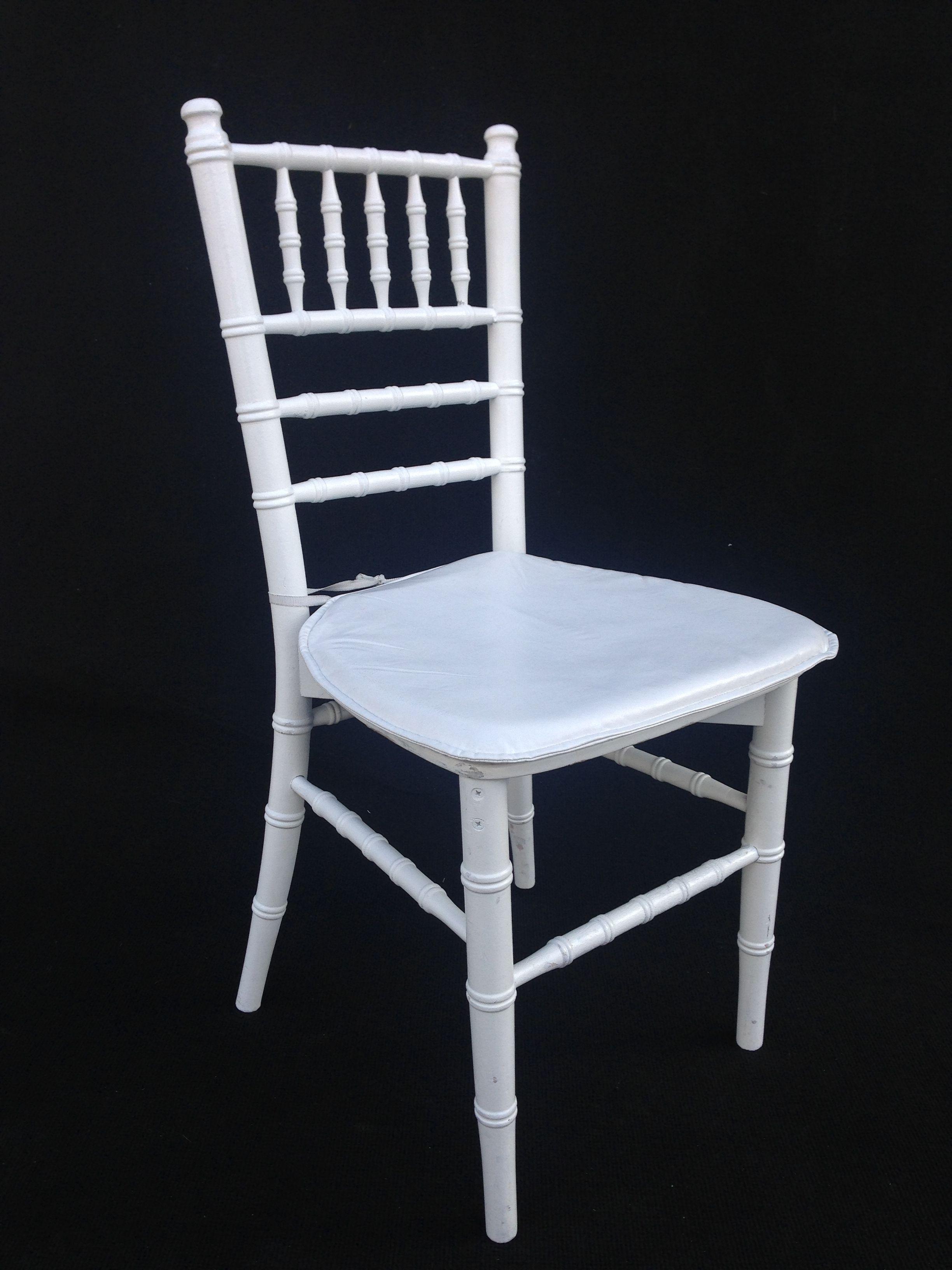 beyaz ahsap tiffany sandalye kiralama organizasyon sandalye