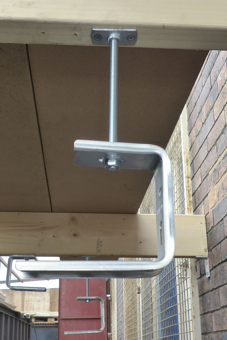 Ceiling Cable Tray: Ceiling Brackets Used For Suspending Cable Tray Or Basket