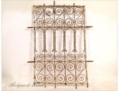grille de fen tre origine maroc en fer forg xxe iron. Black Bedroom Furniture Sets. Home Design Ideas
