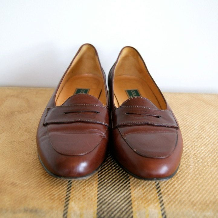 Vintage Cole Haan Penny Loafers. Women's Size 7.5. Late 80s / Early 90s.