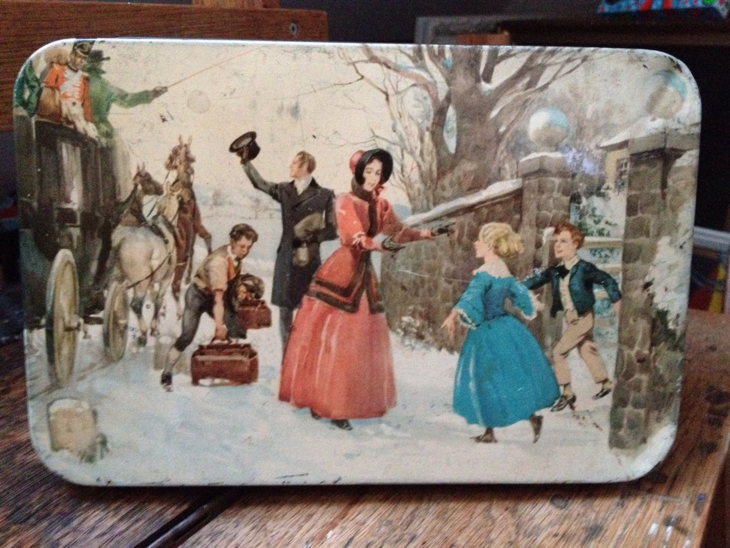 Old vintage huntley and palmers christmas biscuit tin. by BearAndBones on Etsy