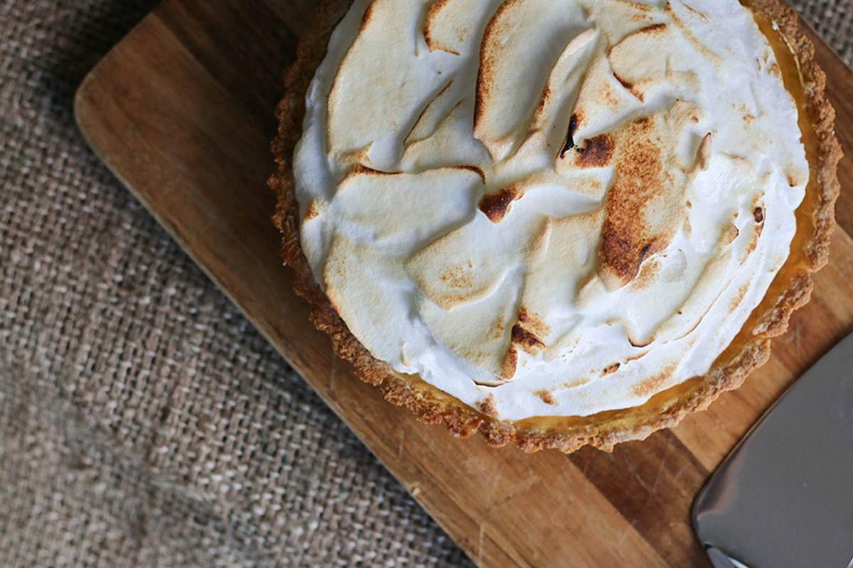 Sugar Free Lemon Meringue Pie — Ari Eats Lemon meringue