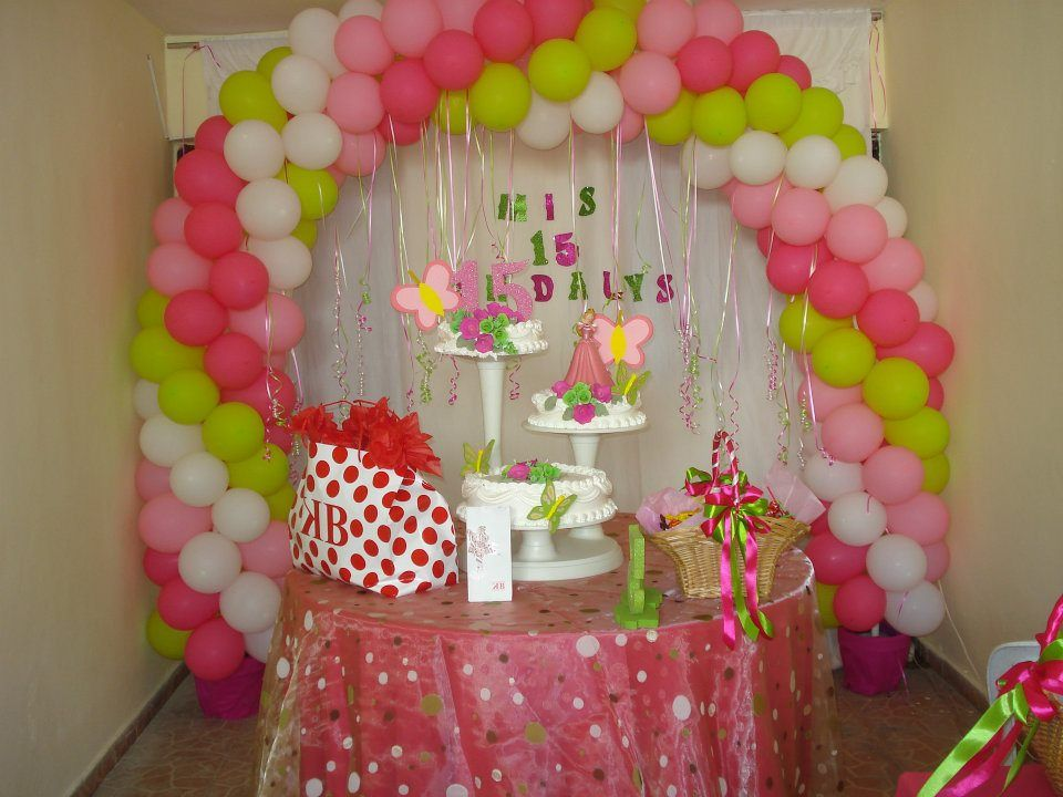 Decoraci n en globos arco para 15 a os higuey for Decoracion simple con globos