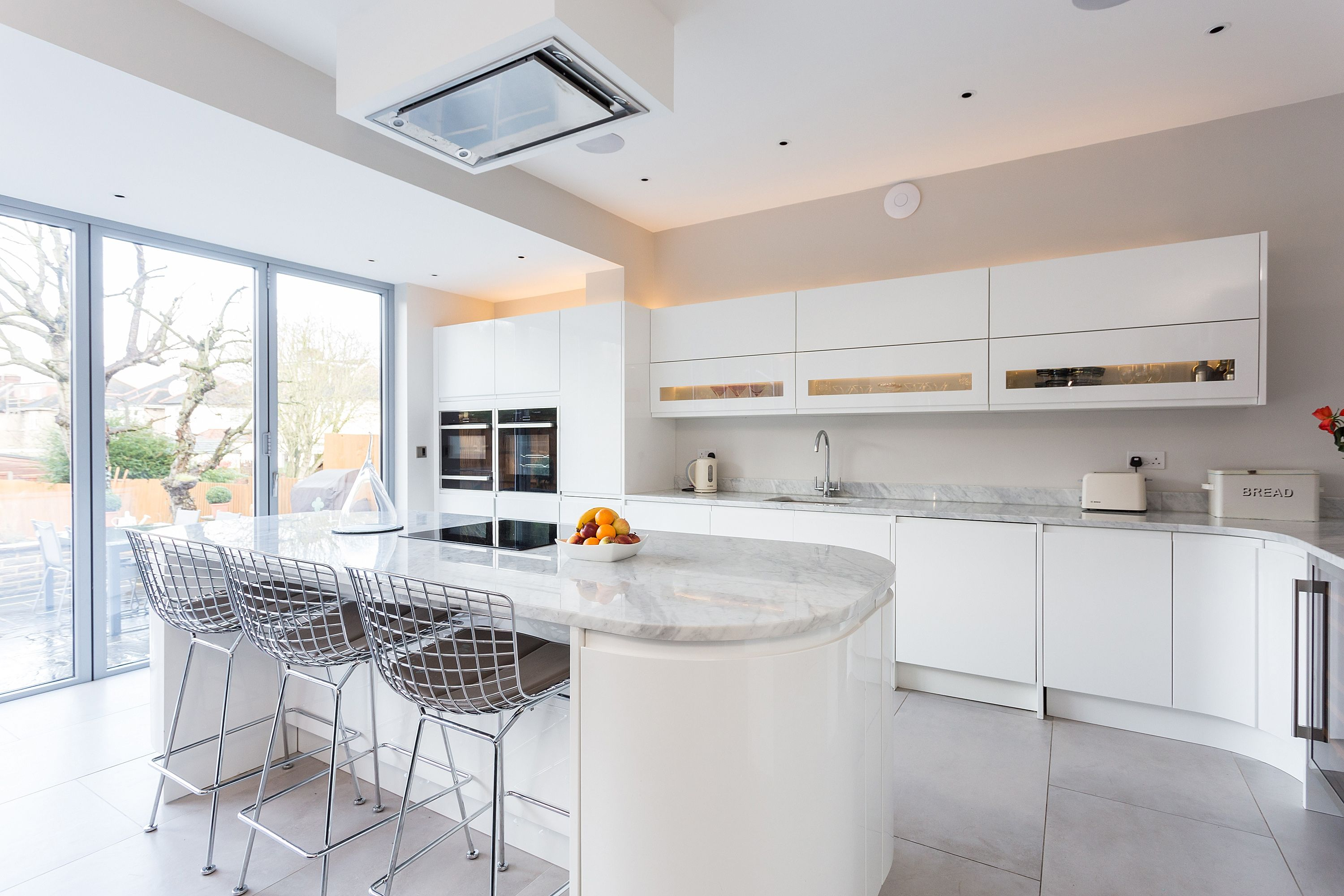 Handleless Gloss White Malmo Kitchen with Island and Carrera Marble ...