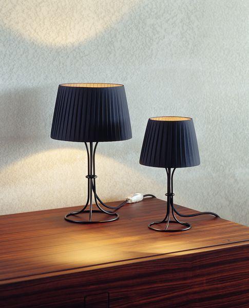 Porcuatro  http://www.porcuatro.com/industrial_design/naomi/index.html