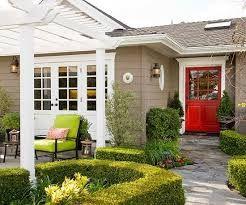 red door - great outdoor space