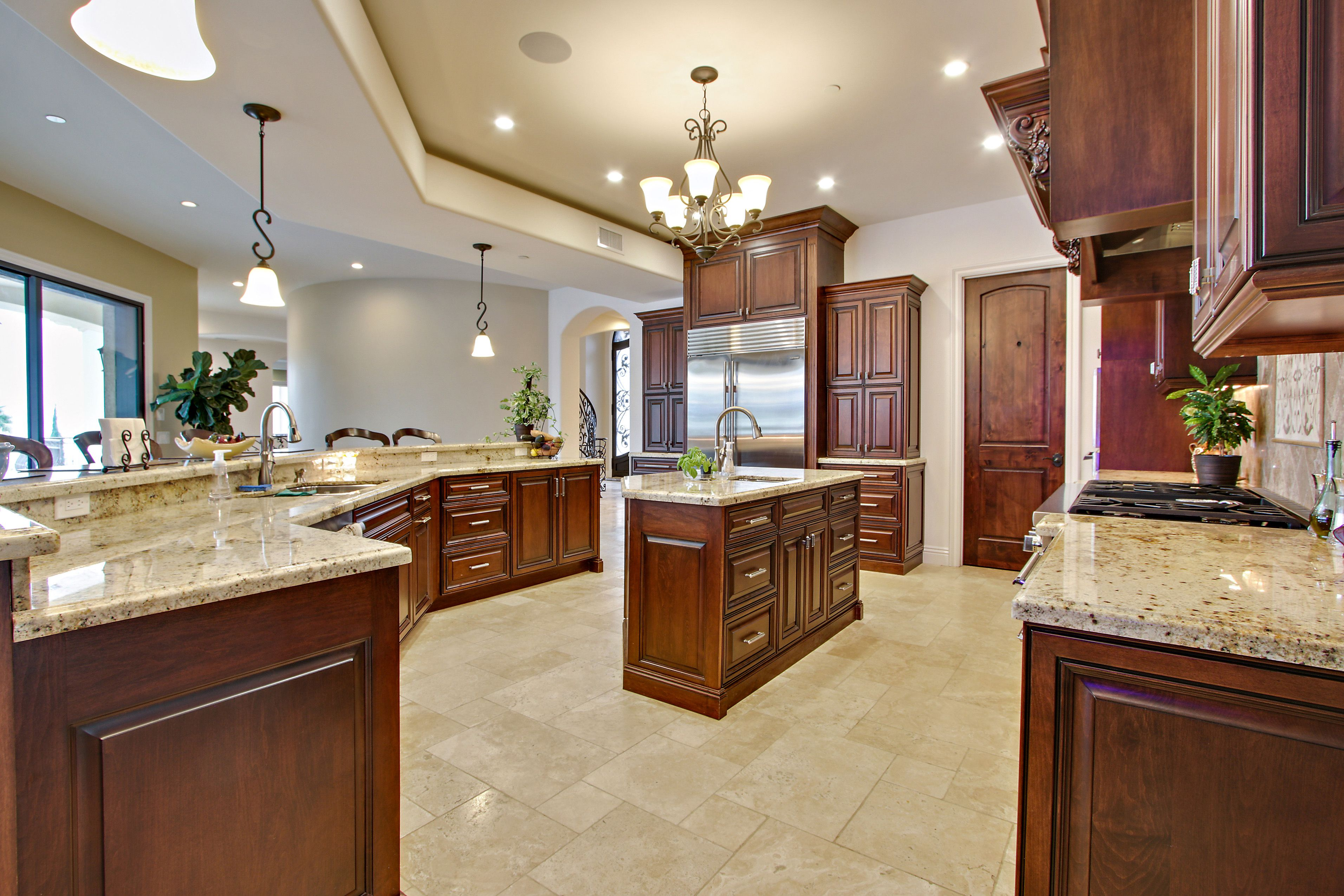 Expansive Kitchen Cabinets Built By Norm Tessier Cabinets Inc Rancho Cucamonga Ca Kitchen Kitchen Cabinets Home Decor