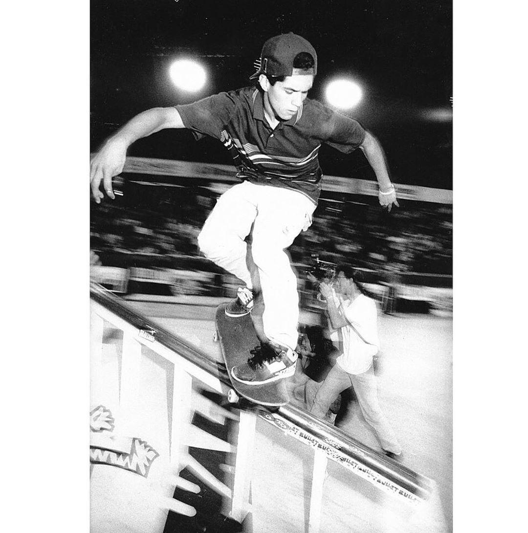 Skateboards V I N T A G E S K A T E Sur Instagram Rudy Johnson Backside Lipslide 1990 Photo Skateboarding Skateboard Pictures Skate Surf Skateboard