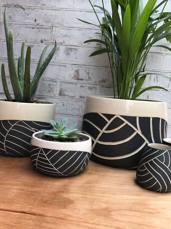 Ways to Incorporate Ceramic Into Your Interior Design (With