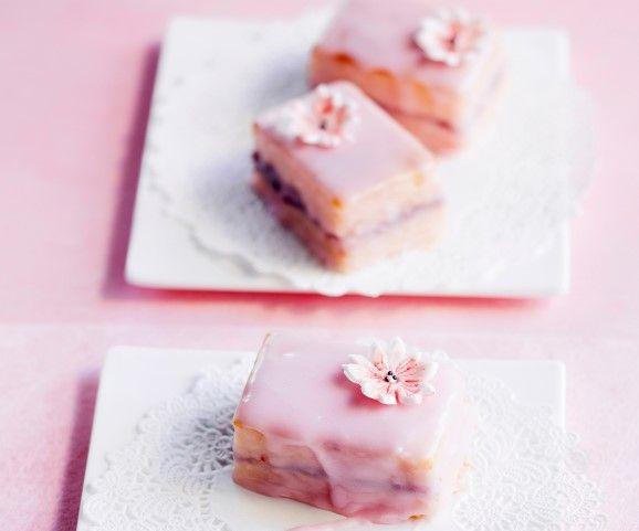 Vaaleanpunaiset leivokset / Pink pastries / Kotiliesi.fi / Kuva/Photo: Sampo Korhonen/Otavamedia