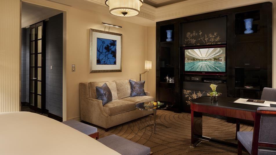 Image Result For Peninsula Shanghai Luxury Hotels Interior Hotel Interior Design Hospital Interior Design