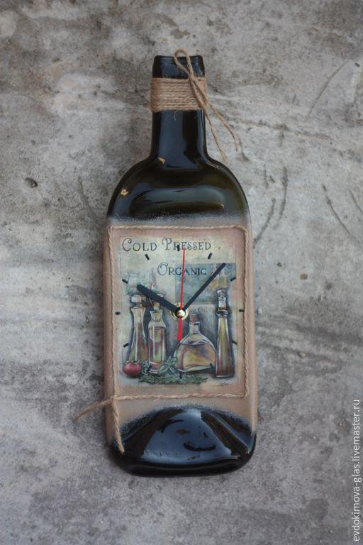 """Купить Часы-бутылка """"Оливковое масло"""" - разноцветный, часы бутылка, часы декупаж, часы настенные"""