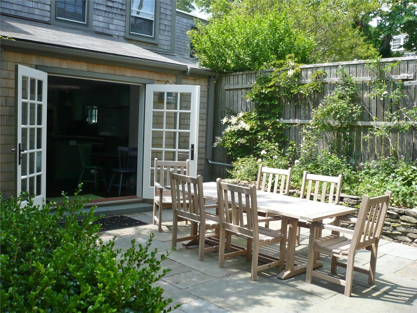 A perfect nantucket patio great for entertaining and
