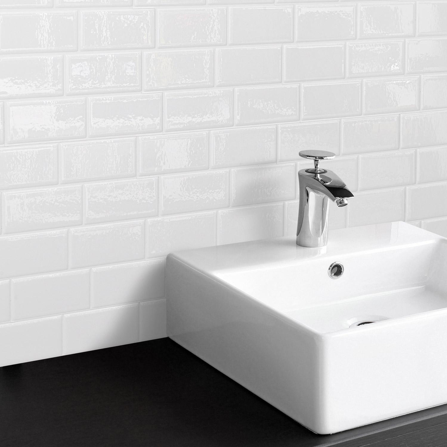 Credence Adhesive Smart Tiles Metro Blanco Blanc 29 36 X 21 29 Cm Credence Adhesive Smart Tiles Et Tuile De Dosseret
