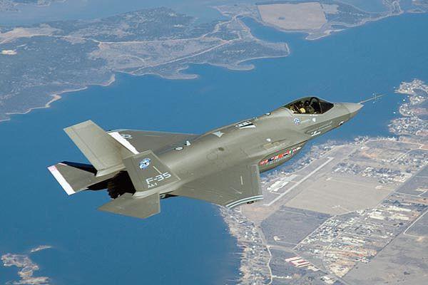 F 35 Lightning Fighter Jet Us Fighter Jets Fighter Jets Aircraft