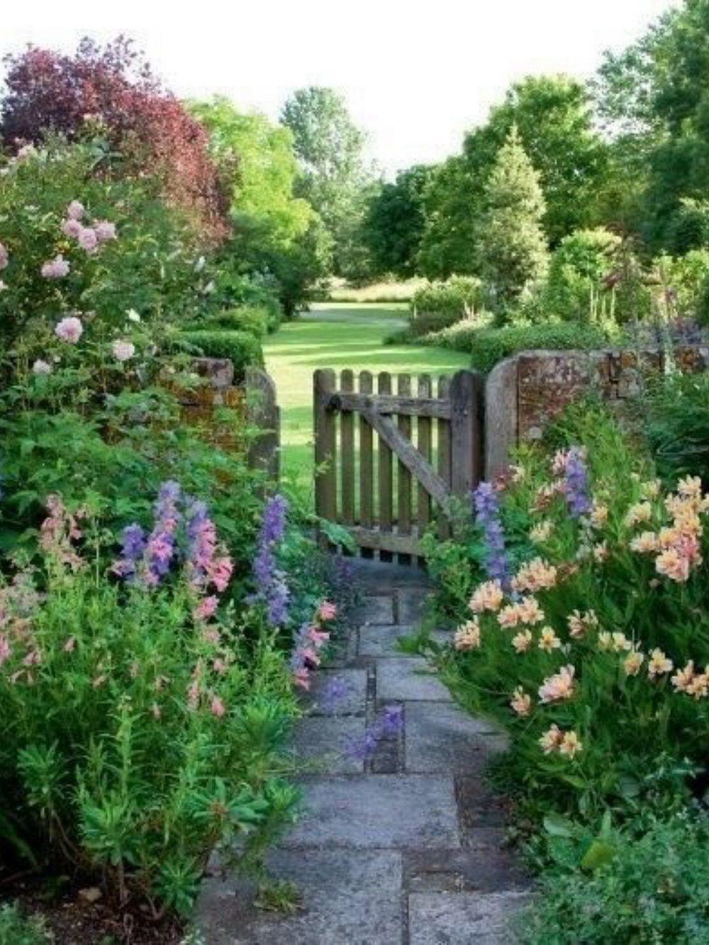 50 Enchanting Garden Paths Smukke Haver Haver Haveplanlaegning