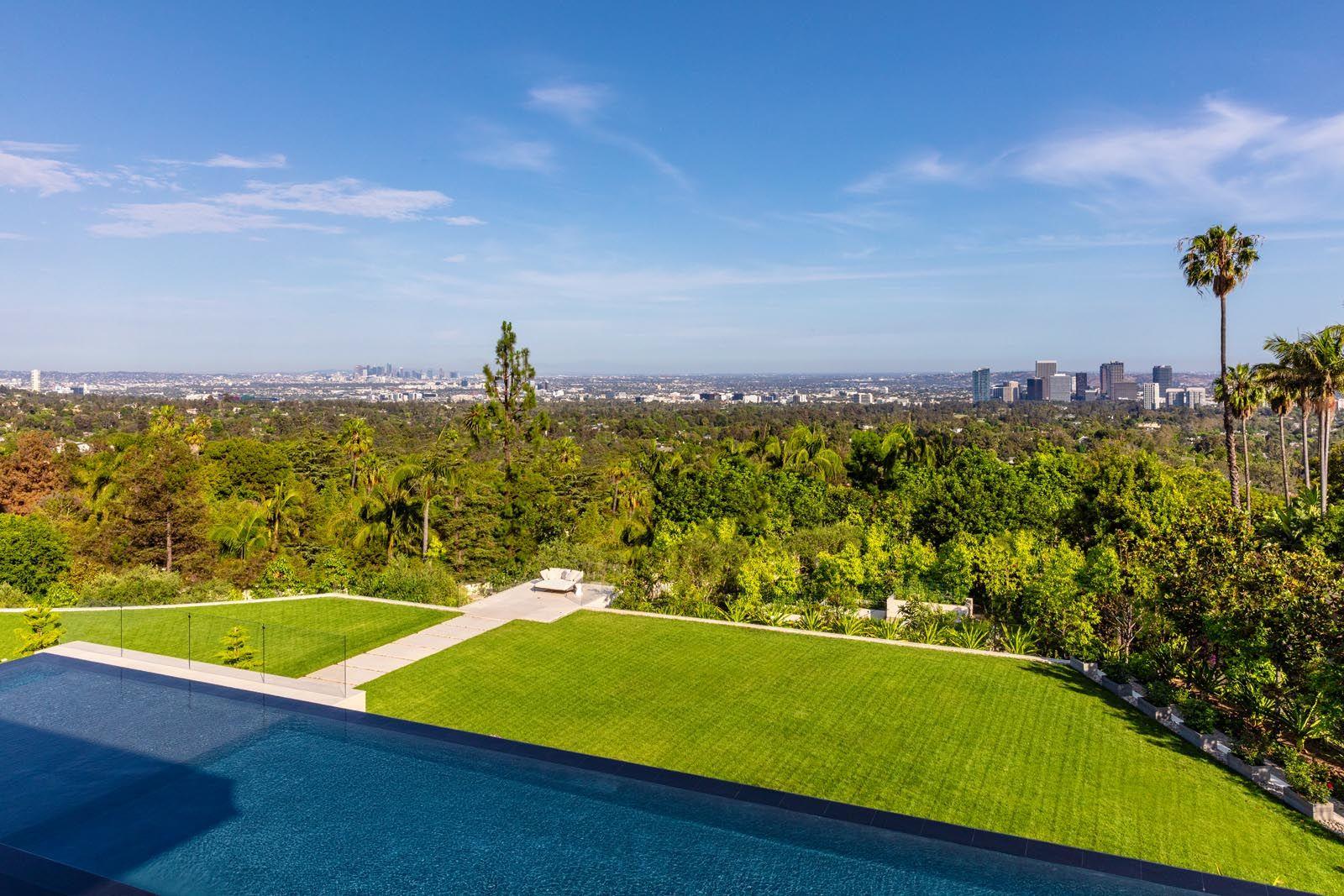 Gallery 908 Bel Air Road Bel Air Road Luxury Homes Dream Houses Los Angeles Skyline