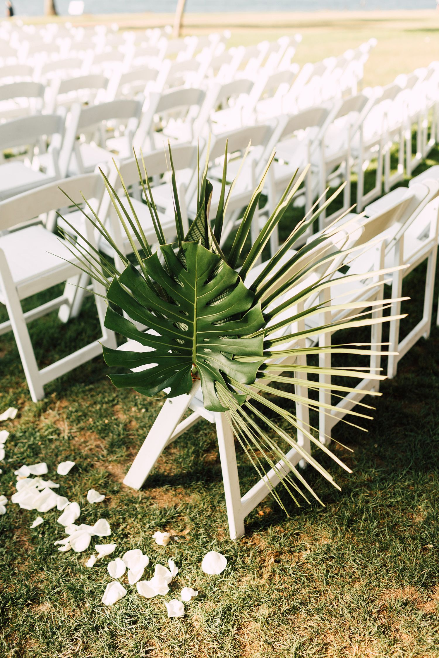 35 Altar And Aisle Decorations We Love With Images Tropical