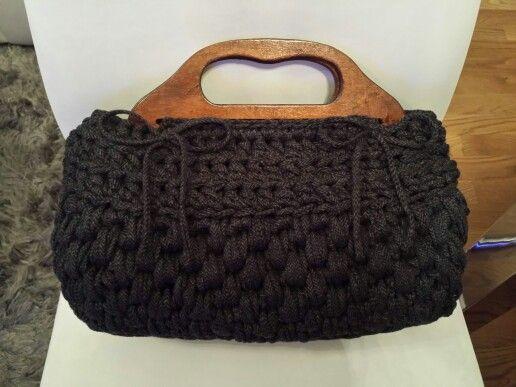 Bolso trapillo con asas de madera trapillo pinterest for Bolso crochet trapillo