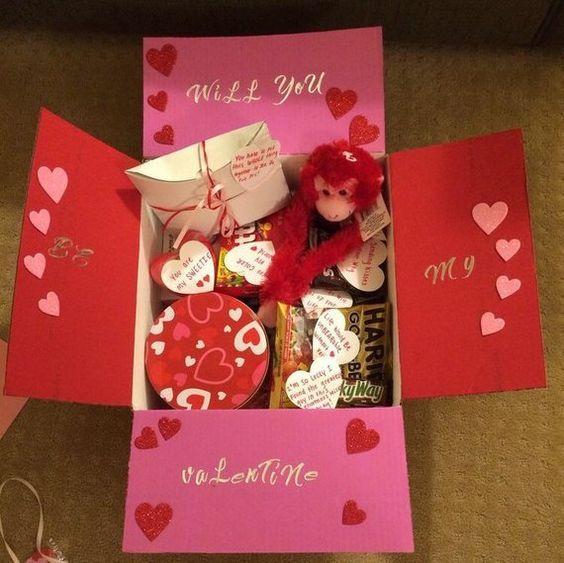 DIY Cute Valentines Day Gift Box. #holiday #box #valentines
