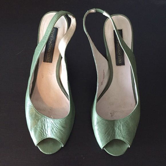 """Steve Madden Luxe Peep toe slingbacks Green leather peep toe slingbacks with wooden heel by Steve Madden Luxe. Some wear on the soles, but heels are in great shape and overall very clean! Heel is about 2 1/4"""". Steve Madden Shoes Heels"""
