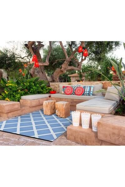 TheDiamond Outdoor/Indoor Reversible Rug from Green Decore proves that simplicity can have simply fantastic results! Available in a wide range of colours
