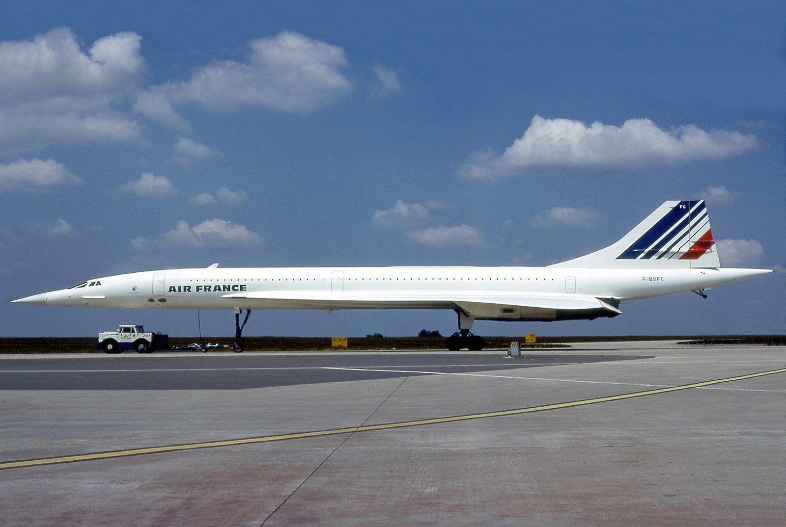 ปักพินโดย NzTH4647 ใน Airlines