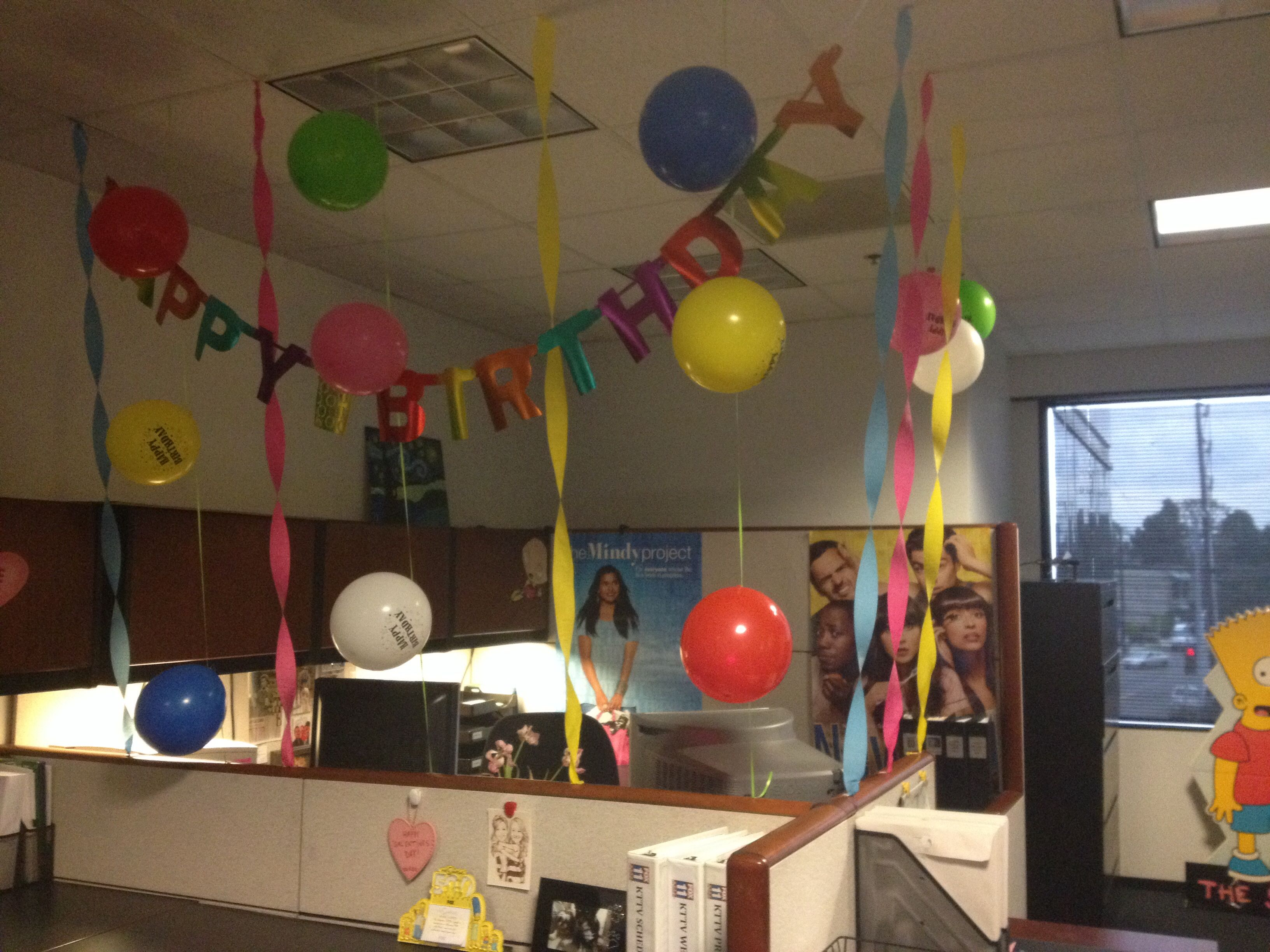 cubicle birthday decoration surprise Office Bday Decorating