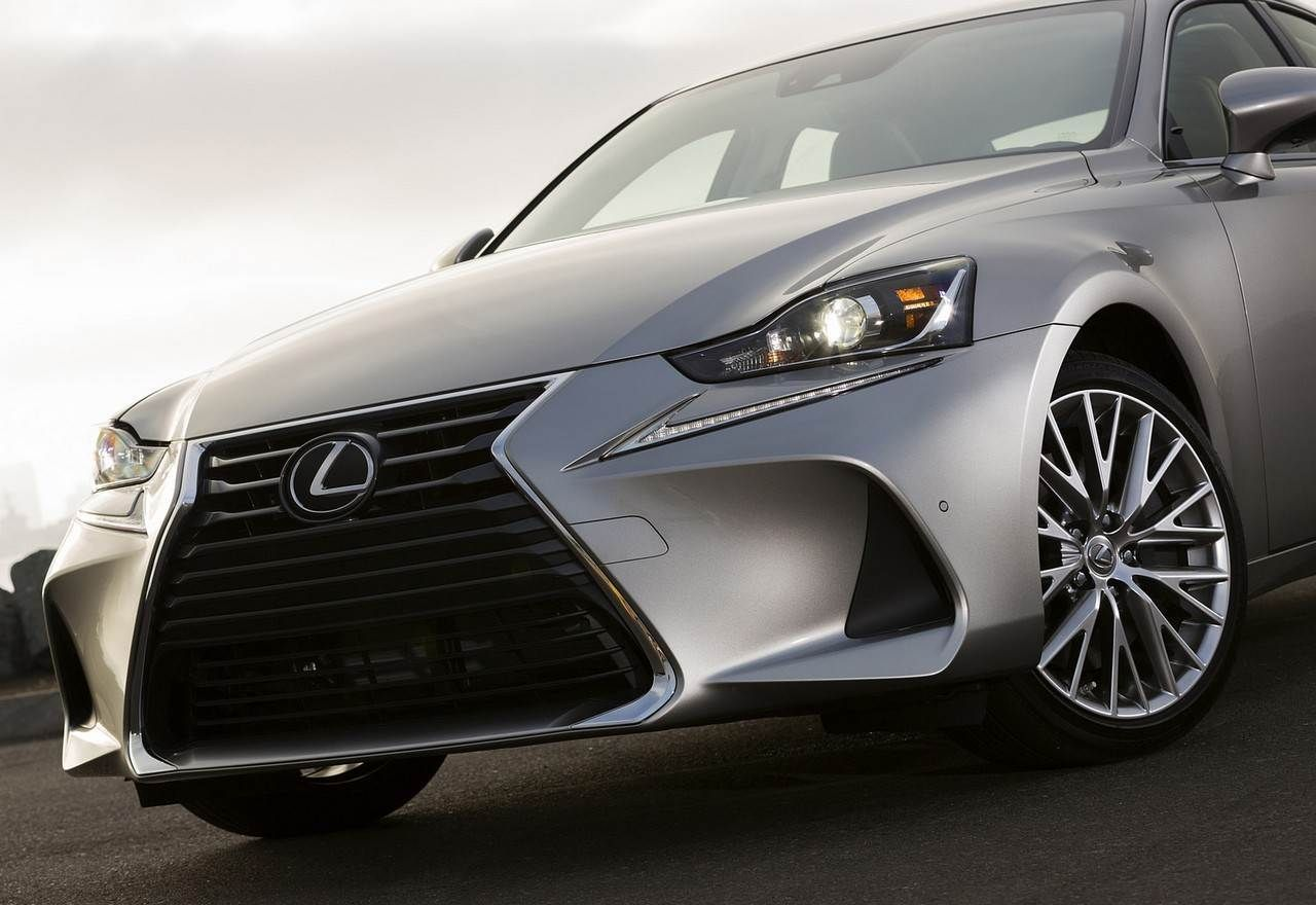 2018 lexus is 250 specs redesign changes specs price and release date