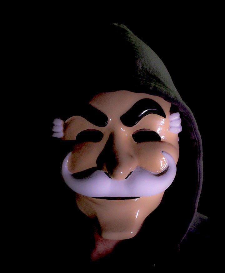 Risultato immagini per mr robot mask
