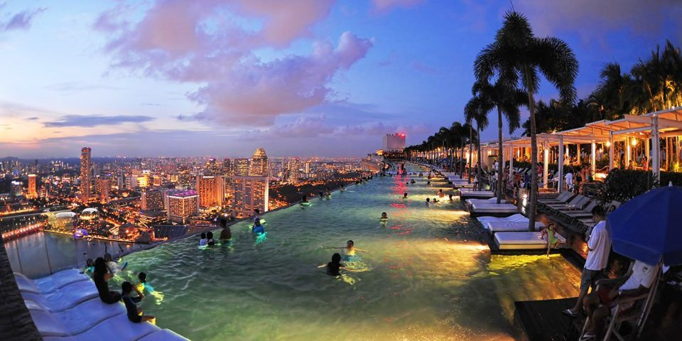 Singapore The City Of The Future That You Can Visit Right Now Cool Swimming Pools Singapore City Pool