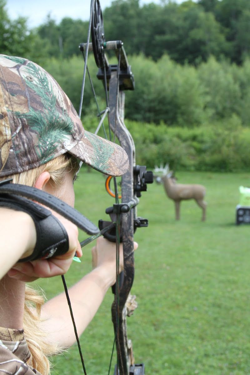 The Rise of the Female Bowhunter: Is Local Food the Link?