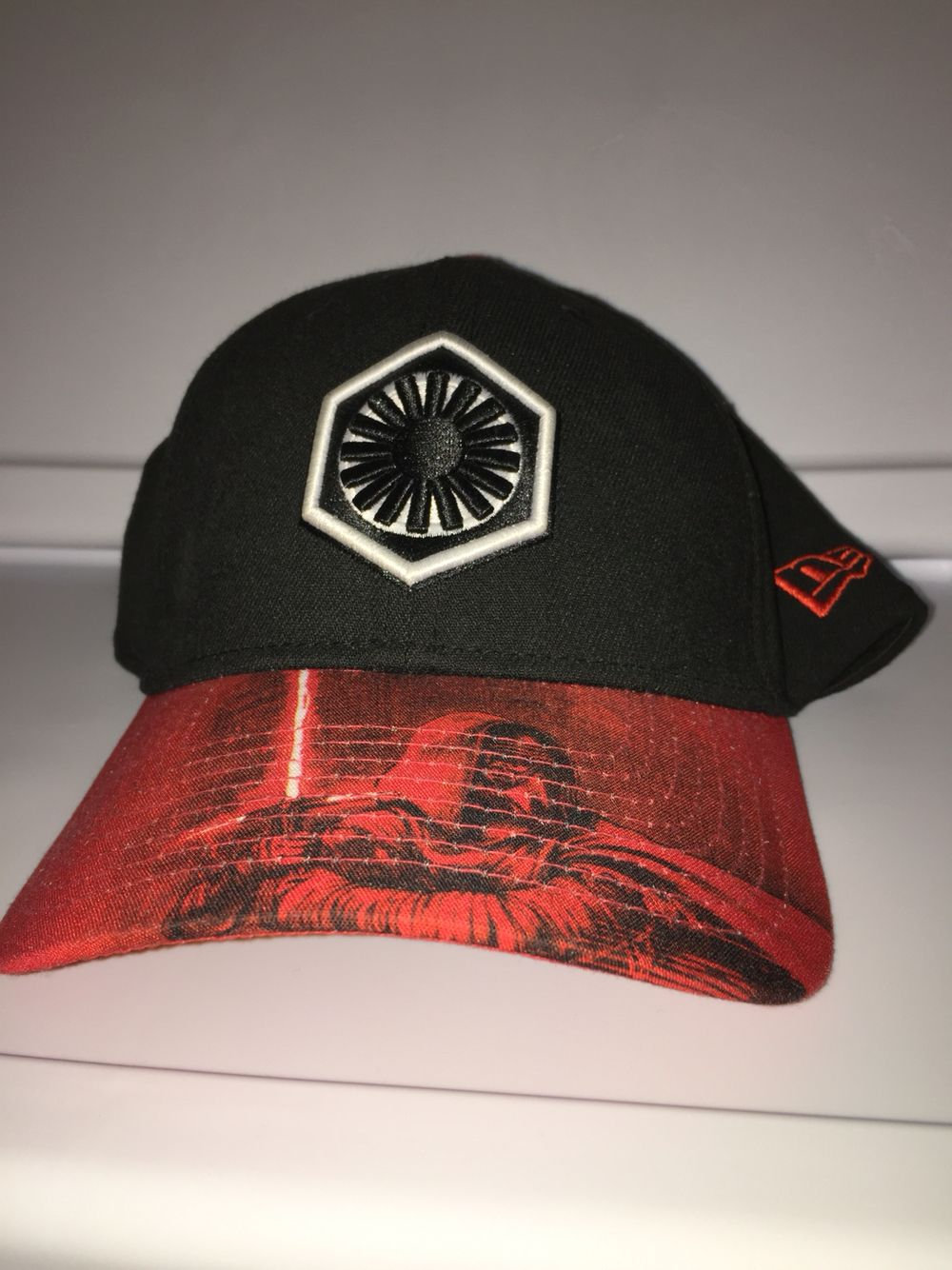 dfd6d7e6 New era Star Wars first order symbol Kylo Ren on the curved brim Star Wars  the force awakens on the back