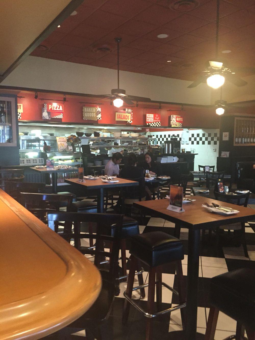Mariau0027s Italian Kitchen: Pasadena, CA Second Dining Area As You Walk Through
