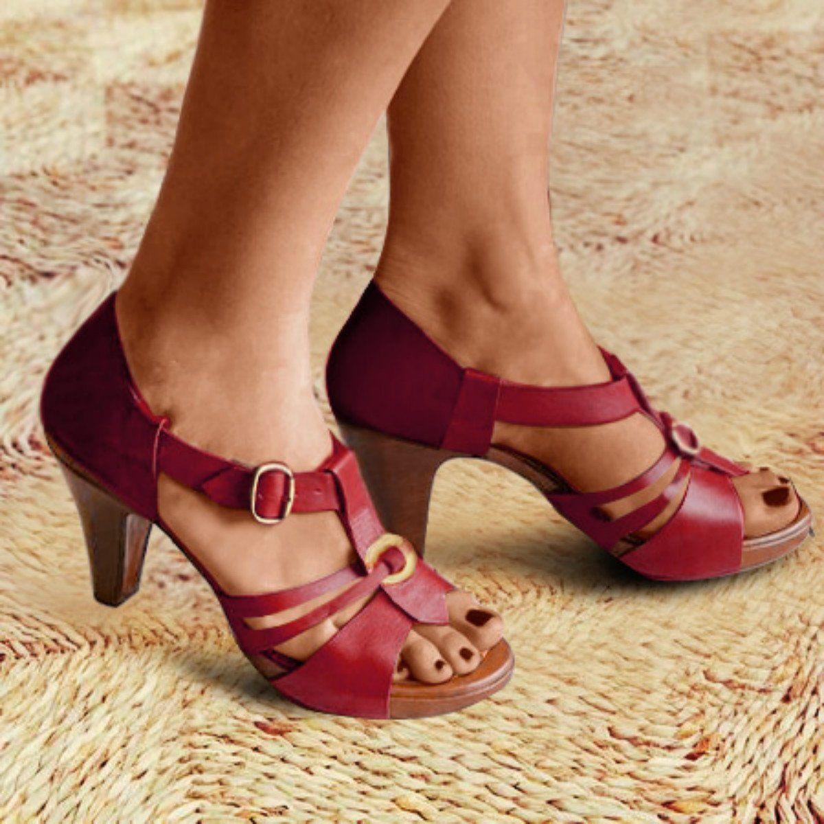 Stylish Peep Toe Zipper Closure Chunky Heeled Sandals in