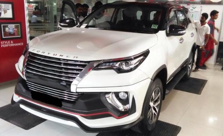 Toyota Fortuner With Nippon Body Kit Introduced In India Body Kit Toyota Toyota Dealership