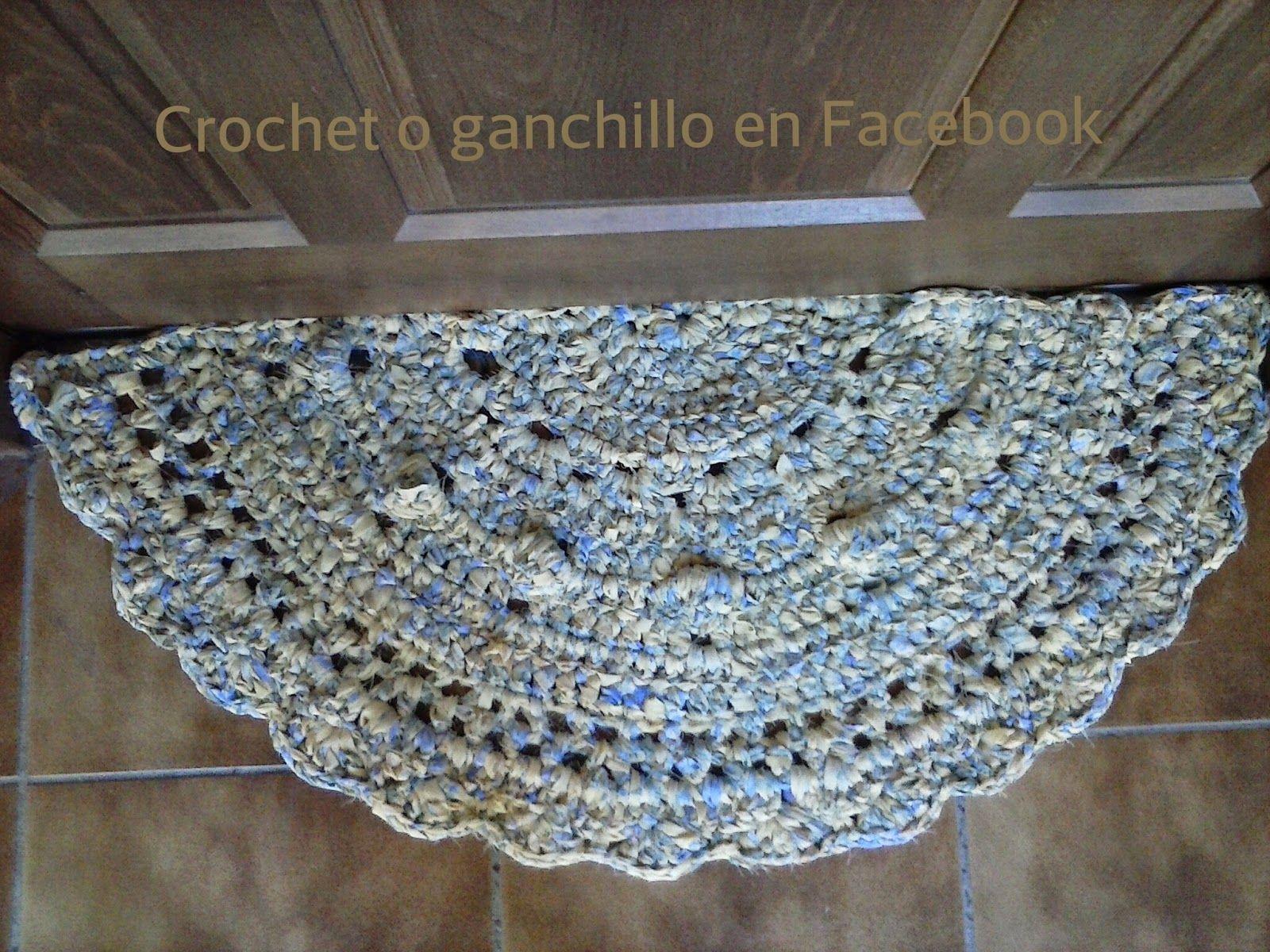 Crochet o ganchillo alfombra de trapillo media luna - Alfombras ganchillo trapillo ...