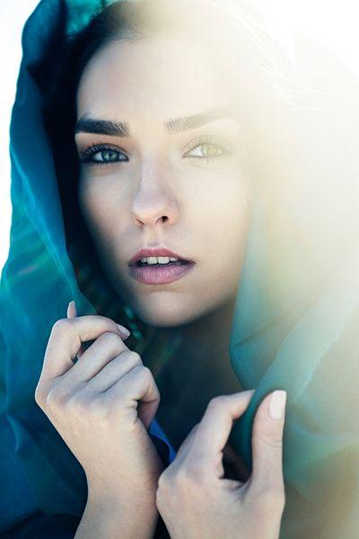 #Backlit #Photography 101: Secrets of Expressive Backlit #Portraits  http://photodoto.com/backlit-photography/