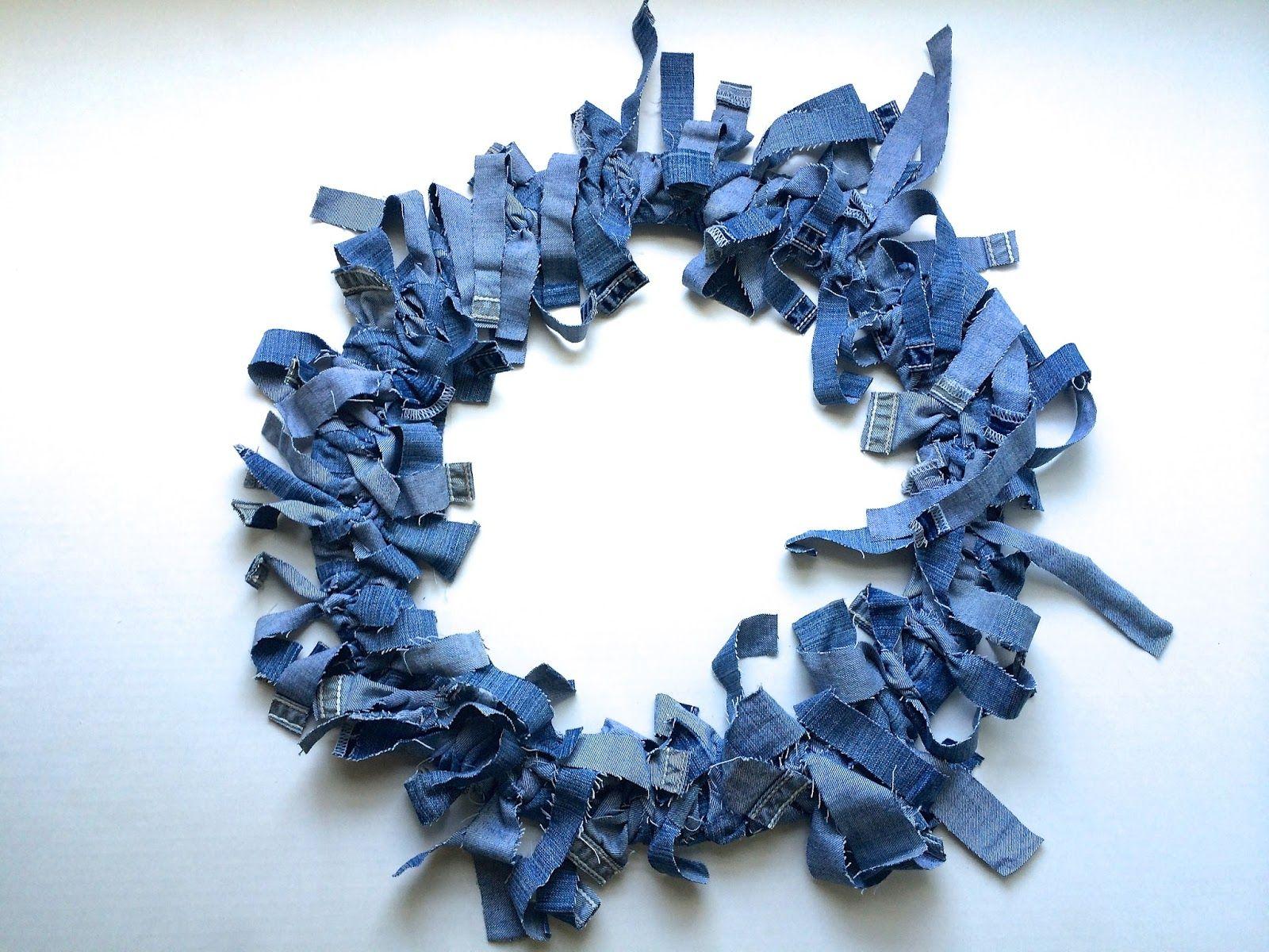 DIY denim wreath #fun #easy #diy